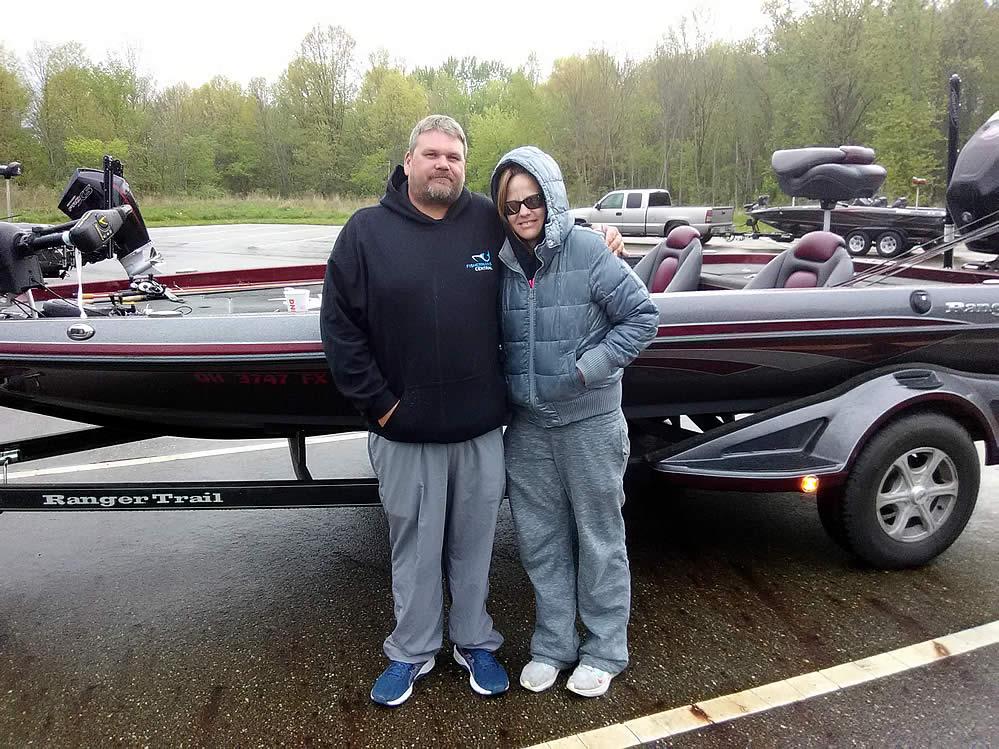 BHT-2021-Spring-Fling-couples-bass-fishing-am19
