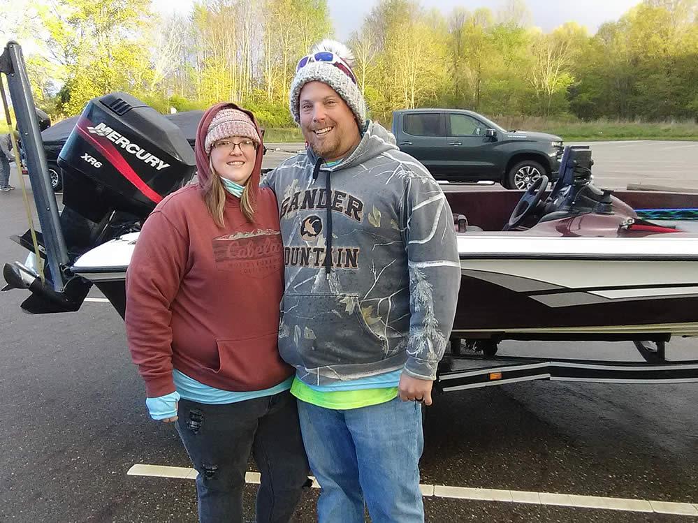 BHT-2021-Spring-Fling-couples-bass-fishing-am2