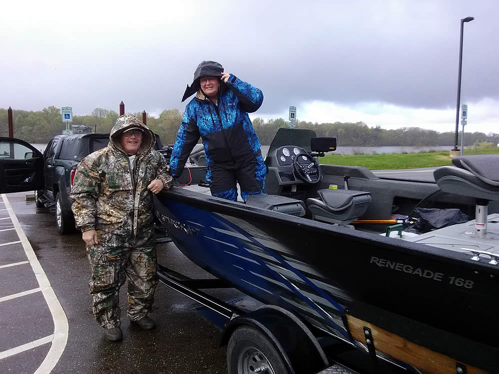 BHT-2021-Spring-Fling-couples-bass-fishing-am21