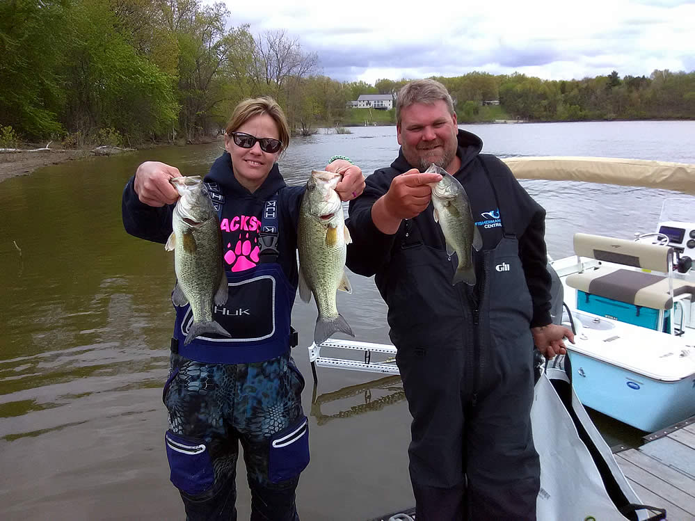 BHT-2021-Spring-Fling-couples-bass-fishing-pm7
